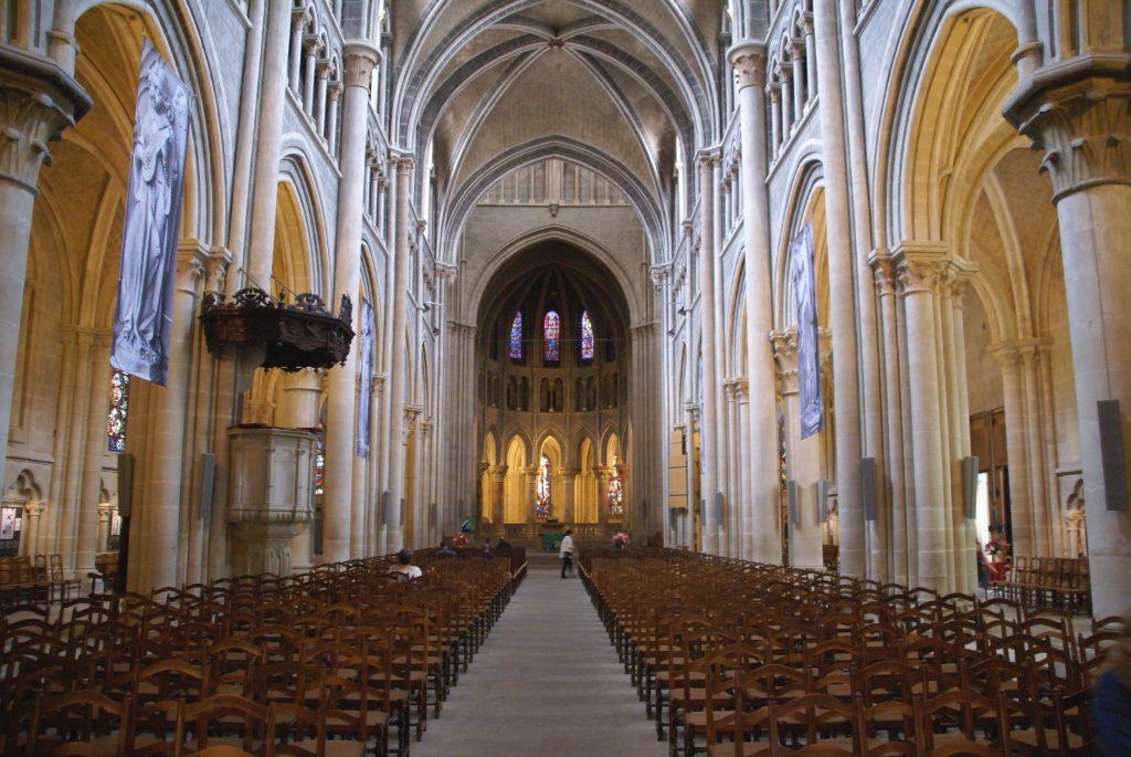 Catedral de Lausanne, Lago Lemán