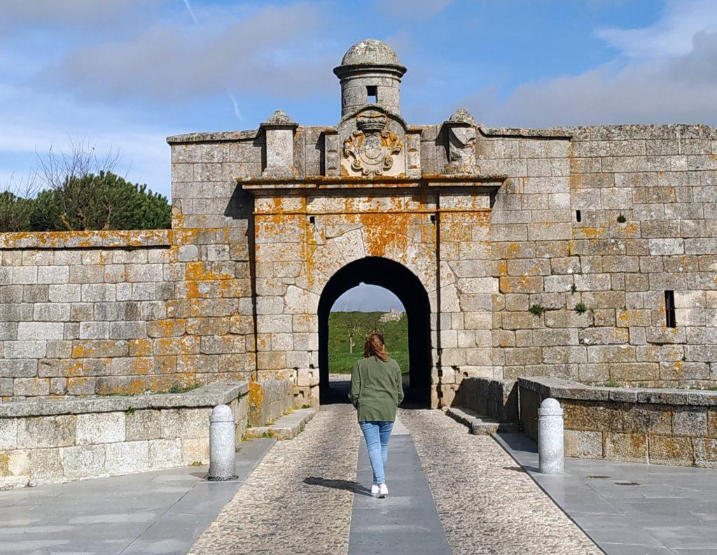 Puerta de Almeida
